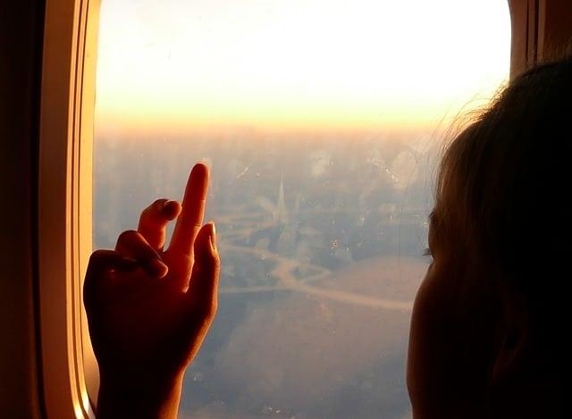 bebe avion